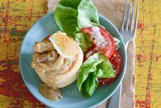 Kijk wat een lekker recept ik heb gevonden op Allerhande! Pasteitje kipragout met salade
