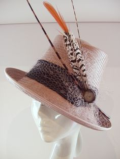 5d81eb945a1 I like it!!! feathers and all... Barbara Hanna · Kentucky Derby -- Hats