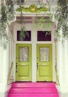 Hot pink steps...to lime green doors...wonderful!