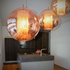 #beleuchtung #küche #lightening #kitchen #modern Light Bulb, Lighting, Modern, Home Decor, Carpentry, Trendy Tree, Decoration Home, Room Decor, Light Globes