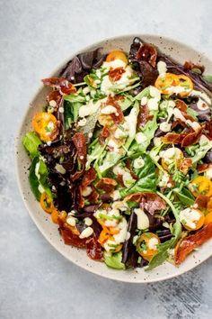 Mixed greens salad with crispy prosciutto Follow for recipesGet  Mein Blog: Alles rund um die Themen Genuss & Geschmack  Kochen Backen Braten Vorspeisen Hauptgerichte und Desserts