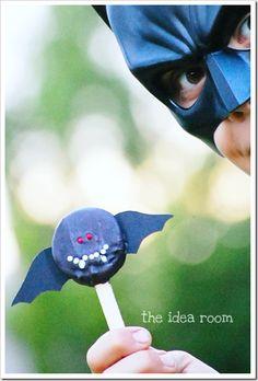 Bat oreo pops