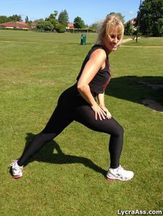 British girl exercising in park sexy workout in lycra. Lycra Ass photos.