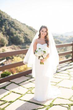 Stunning bride: http://www.stylemepretty.com/little-black-book-blog/2014/07/16/romantic-oak-glen-garden-wedding/ | Photography: Candice Benjamin - http://candicebenjamin.com/