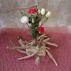Δεξιωση γαμου στολισμός στο τραπέζι.φρέσκα άνθη με θαλασσόξυλα..Δεξίωση | Στολισμός Γάμου | Στολισμός Εκκλησίας | Διακόσμηση Βάπτισης | Στολισμός Βάπτισης | Γάμος σε Νησί & Παραλία.Driftwood Centerpiece, Driftwood Candle Holder Wedding Ideas, Wedding Ceremony Ideas