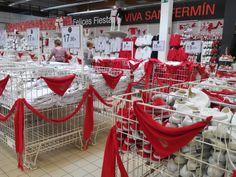 Ropas de San Fermin en un hipermercado de Pamplona Pamplona, Tableware, Santa Dress, Dinnerware, Tablewares, Dishes, Place Settings