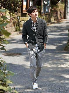 秋のトレンドスタイル、イージーパンツ・スリムパンツ。 GU(ジーユー)