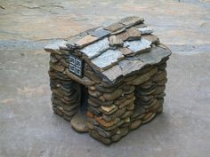 tiny house! Stonework by Michael Stephens. #miniature #craft