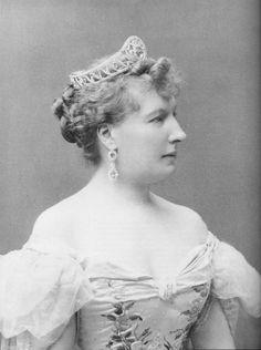 Princess Louise of Belgium, wearing the tiara in the previous pin.