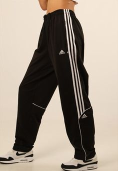 Buy & sell new pre-owned & vintage fashion Sporty Outfits Buy Fashion preowned Sell Vintage Cute Lazy Outfits, Retro Outfits, Cool Outfits, Casual Outfits, Fashion Outfits, Adidas Outfit, Nike Outfits, Sport Outfits, Cute Sweatpants