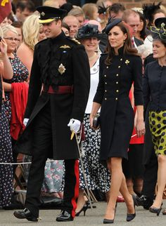 Kate Middleton Shows Us How To Work Military Chic - Celebrity Gossip, News & Photos, Movie Reviews, Competitions - Entertainmentwise
