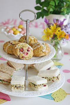50 Afternoon Tea Recipes - from finger sandwiches, and savoury tarts, to scones… Mini Sandwiches, Finger Sandwiches, Salad Sandwich, Sandwich Recipes, Sandwich Ideas, Chicken Sandwich, Tea Recipes, Sweet Recipes, Party Recipes
