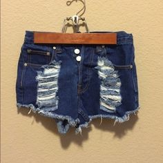 High waisted shorts XS Perfect condition MINKPINK Shorts Jean Shorts