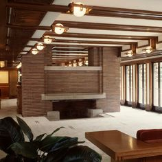 Frank Lloyd Wright - Robie House - Hyde Park Chicago. 1909.