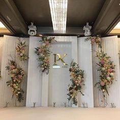 Idea, methods, including overview in pursuance of acquiring the most ideal end result as well as creating the maximum perusal of Marriage Decoration Ideas Wedding Backdrop Design, Wedding Stage Decorations, Backdrop Decorations, Flower Decorations, Backdrops, Marriage Decoration, Wedding Photo Walls, Greece Wedding, Wedding Background