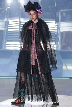 Vivienne Westwood Spring 2014 Ready-to-Wear Fashion Show: Runway Review - Style.com