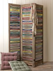 Painted Wooden Screen; http://www.coxandcox.co.uk/home/bed-bath/bedroom#page=1&top=200&