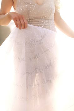 Stunning calligraphy veil: http://www.stylemepretty.com/little-black-book-blog/2016/03/17/ireland-sunset-inspired-wedding-inspiraton/ | Photography: Kay English - http://kayenglishphotography.com/