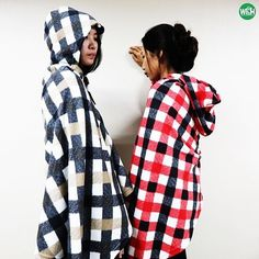Check poncho with hood, we also produce poncho. We can celebrate this Christmas together with this cool poncho!🎄 #home #homedesign #homedecor #homedecoration #homeidea #homestyle #homedeco #interiordesign #decoration #blanket #blankets #fleeceblanket #fleece #woolblanket #fleecethrow #lifestyle #bedroom #casa #diyhome #hometextile #homefashion #willbehome #willbehome65 #madeinthailand #decor #decoração #decoracao #poncho #checkponcho #checkblanket