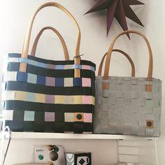 💛💙wieder da 💙💛handgemachte Taschen aus recyceltem Material #handedby #designfromholland #coffinierlangen #coffini #shoppingbag