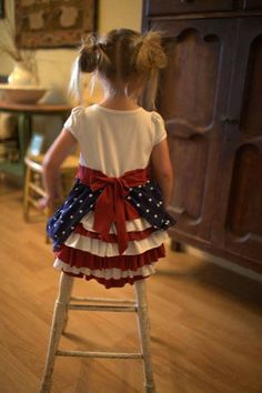 Sewing Clothes, Diy Clothes, Dress Sewing, Little Girl Dresses, Girls Dresses, 4th Of July Dresses, Diy Vetement, Bustle Dress, Dress Tutorials