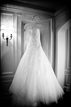 wedding dress photography photo source jmm photography featured on wedloft