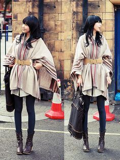 Belted cape - nice for travel days with lots of outdoor walking time. Cuter than heavy coat Fall Winter Outfits, Autumn Winter Fashion, Autumn Inspiration, Style Inspiration, Street Style, Winter Looks, Scarf Styles, Dress To Impress, Spring