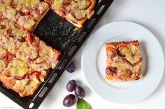 Švestkový kynutý koláč 🍰 Kefir, Lasagna, French Toast, Breakfast, Ethnic Recipes, Food, Morning Coffee, Essen, Meals
