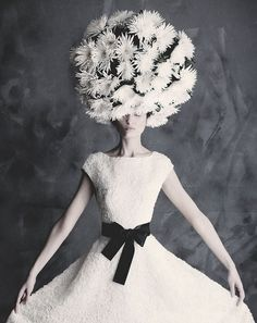 """""""Always guarding one's real, precious self in a cocoon of tranquility within a thousand masks. Life itself had become a secret affair.""""  ― Mary Balogh, A Secret Affair #teamsuewong #suewong #inspiration #quote #fashion #beauty:"""