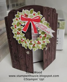 Stampin' Up!- An awesome Christmas wreath card using 'Wondrous Wreath' & coordinating framelits!  The top of the door shape was done with the Apothecary Arts framelits!