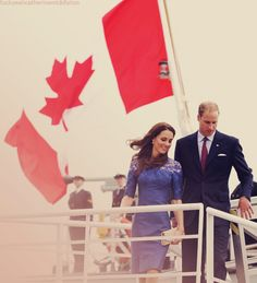 Kate wears Erdem Pre-Fall 2011 collection for day 4 of the Canadian Tour.