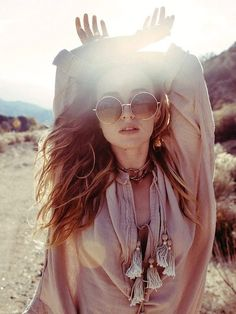 Circle Lena sunglasses freepeople photo shoot in the Arizona desert Bohemia bohemian gypsy hippie fashion style