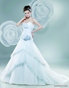 Browse our stunning galleries of wedding dresses, bridal gowns and couture wedding fashion. Discover the wedding dress here. Blue Wedding Gowns, Wedding Dress 2013, Wedding Dress Train, Wedding Dress Sizes, Long Wedding Dresses, Tulle Wedding, Cheap Wedding Dress, Bridal Dresses, Flower Girl Dresses