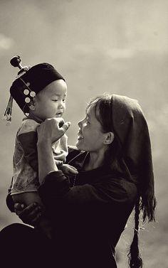 La délicatesse des gestes révèle celle des sentiments - Vietnamese - Lào Cai