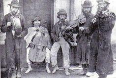 Jewish and Ruthenian musicians    Verecke, Hungary, 1895. Magyar Néprajzi Múzeum