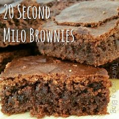 20 second Milo brownies Thermomix Gourmet Recipes, Baking Recipes, Sweet Recipes, Diabetic Recipes, Yummy Recipes, Milo Recipe, Biscuits, Bellini Recipe, Thermomix Desserts