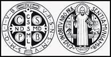 Su gran amor y su fuerza fueron la Santa Cruz con la que hizo muchos milagros. Fue un poderoso exorcista. Este don para someter a los espíritus malignos lo ejerció utilizando como sacramental la famosa Cruz de San Benito.