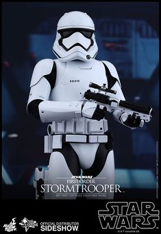 Star Wars First Order Stormtrooper Sixth Scale Figure by Hot   Sideshow Collectibles