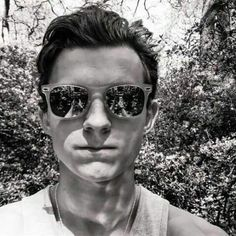 from the story × Types Tom Holland My Boyfriend × by Evxns_Sloxn (XxStxnxX) with reads. Holland s. Infinity War, Winchester, Iron Man, Harrison Osterfield, Tom Holand, Baby Toms, Tom Holland Peter Parker, My Tom, Tommy Boy