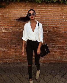 35 Stylish Streetwear Outfits For Women To Look Gorgeously Fashionable - Page 3 of 3 - Style O Check Look Fashion, Luxury Fashion, Autumn Fashion, Feminine Fashion, Simplicity Fashion, Skinny Fashion, Fashion Black, Unique Fashion, Vintage Fashion