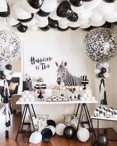 """SNEAK PEEK  . Oh I couldn't wait to share this photo with you all from our sons monochrome themed 2nd birthday over the weekend. . More photos to come!!  . A big thank you to all my super awesome vendors! You guys are amazing, without you all nothing would have been possible!! . Concept & Styling: @thesugartoppedtable Cake, Ice Cream Cake Pops, Panna Cotta Pots, Macarons, Doughnuts & Cupcakes: @missladybirdcakes Chocolate Pyramids & Chocolate Bars: @chocobonau """"H"""" Cookies, """"2"""" Cookies & B..."""