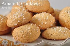 Amaretti Cookies are wonderfully crisp and crunchy on the outside and soft and chewy inside. With Demo Video Biscuit Amaretti, Amaretti Cookie Recipe, Amaretti Cookies, Molasses Cookies, Cookie Desserts, Healthy Desserts, Cookie Recipes, Dessert Recipes, Almond Paste Cookies