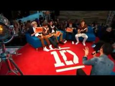 #throwbackthursday One Direction plays Who is most likely to (One 2 One). :D