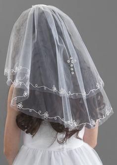 f138e0843 14 best Communion Tiara images | Jay, Cowls, Fascinators