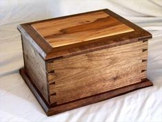 Pallet wood jewelry box