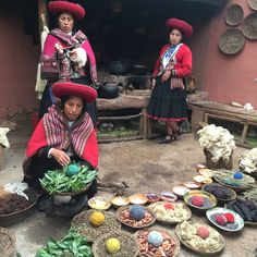Ever wonder how they get the colors for our beautiful textiles in Peru? These photos detail a bit of their process, they extract their vibrant colors from seeds, leaves, fruits & more in Chincheros town - Cusco, Peru