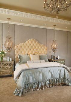 https://i.pinimg.com/236x/f9/33/83/f93383bb056d2117dc8ee9ccf38bf05d--luxury-bedrooms-romantic-bedrooms.jpg