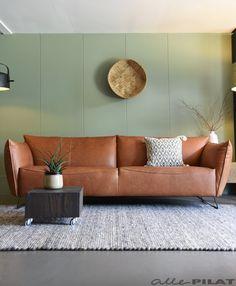 Leren bank My Home: de blikvanger in uw woning - Woonwinkel Alle Pilat Interior Inspiration, Interior Ideas, Condo, Home And Garden, Sofa, Living Room, Interior Design, House, Furniture