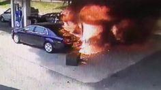 Un policier sauve un homme qui fonce sur une station essence, ça voiture prend feu mais il le sauve à temps Il sauve la vie d'un homme dans une station en feu par Linsolitetv