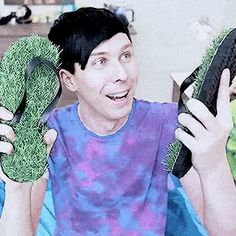 how does he look so cute talking about grass flip flops?!?